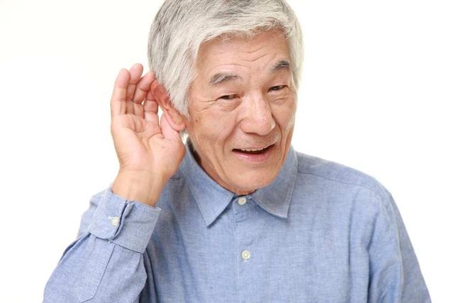 Bí quyết cải thiện tình trạng nghe kém ở người cao tuổi nhờ Kim Thính - 1