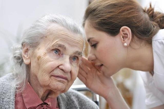 Bí quyết cải thiện tình trạng nghe kém ở người cao tuổi nhờ Kim Thính - 2