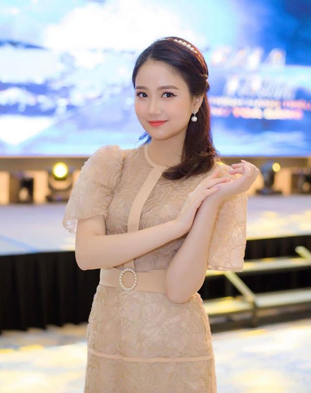 Bạn trẻ Việt nguyện ước điều gì trong thời khắc năm mới đã sang? - 1