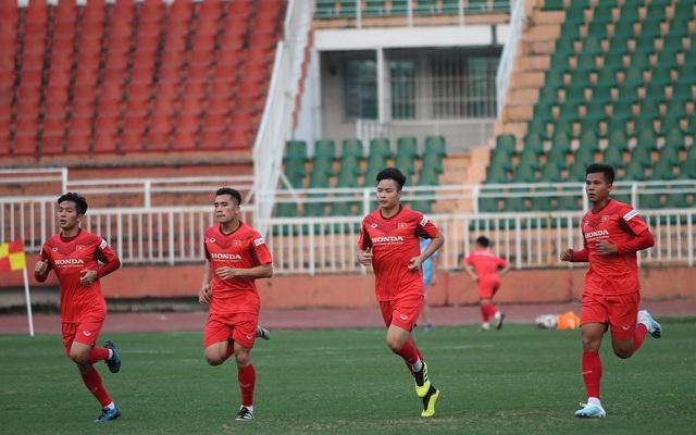HLV Park Hang Seo lo lắng trước việc mù tịt thông tin về U23 Triều Tiên - 2