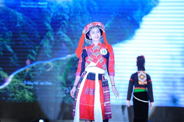 Độc đáo cuộc thi hoa khôi hội tụ trang phục truyền thống các dân tộc thiểu số - 7