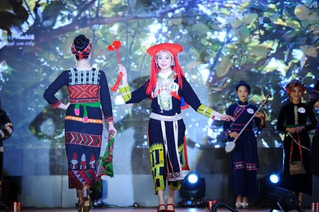 Độc đáo cuộc thi hoa khôi hội tụ trang phục truyền thống các dân tộc thiểu số - 3