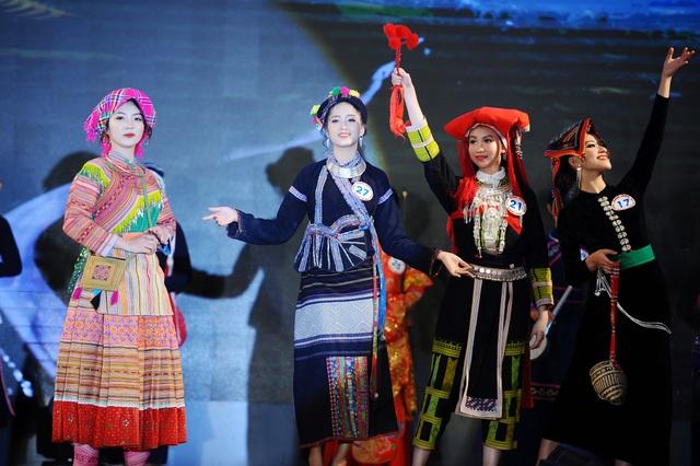 Độc đáo cuộc thi hoa khôi hội tụ trang phục truyền thống các dân tộc thiểu số - 2