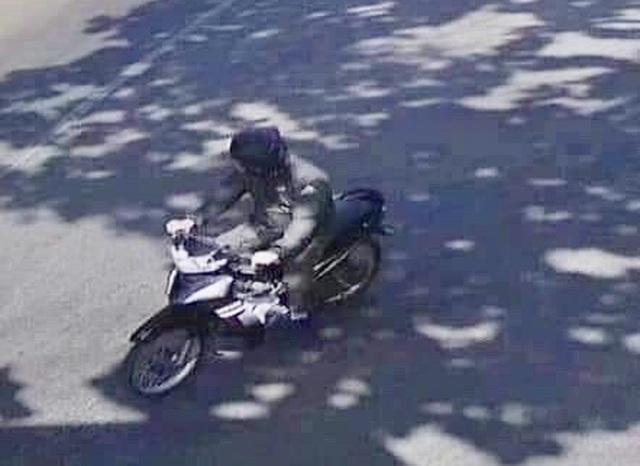 Vụ khống chế, cướp tài sản nữ Bí thư huyện: Trích xuất camera xác định thủ phạm - 2