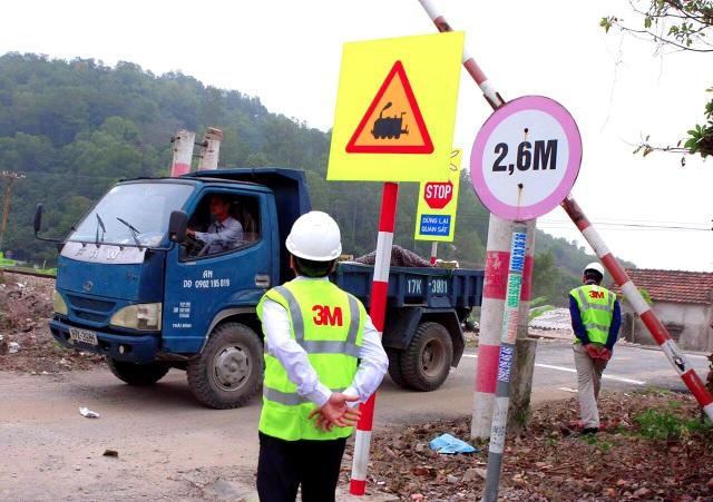 Giải pháp an toàn cho khu vực giao nhau với đường sắt bằng hệ thống cảnh báo của 3M - 3