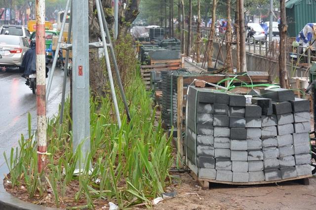 Hà Nội: Nhiều tuyến phố được cải tạo, chỉnh trang, nâng cấp - 3