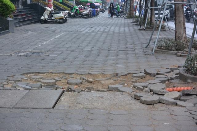 Hà Nội: Nhiều tuyến phố được cải tạo, chỉnh trang, nâng cấp - 5
