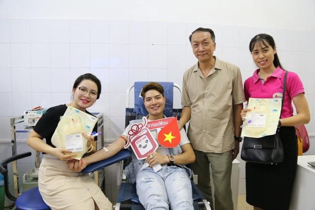 Ngân hàng tế bào gốc máu dây rốn cộng đồng: 4000 mẫu đang được lưu giữ - 1