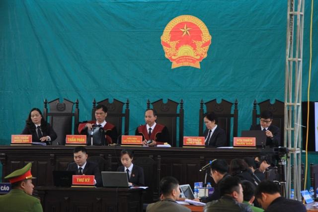 Vương Văn Hùng phản cung, phủ nhận việc hiếp dâm, sát hại nữ sinh giao gà - 2