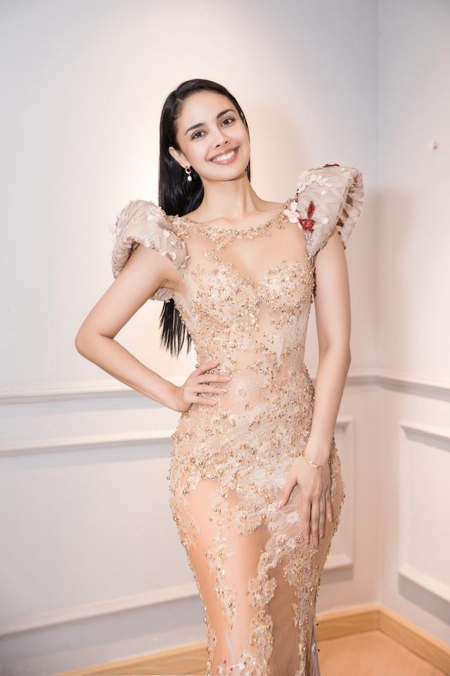 Hoa hậu Thế giới Megan Young đọ sắc cùng Lương Thùy Linh - 1
