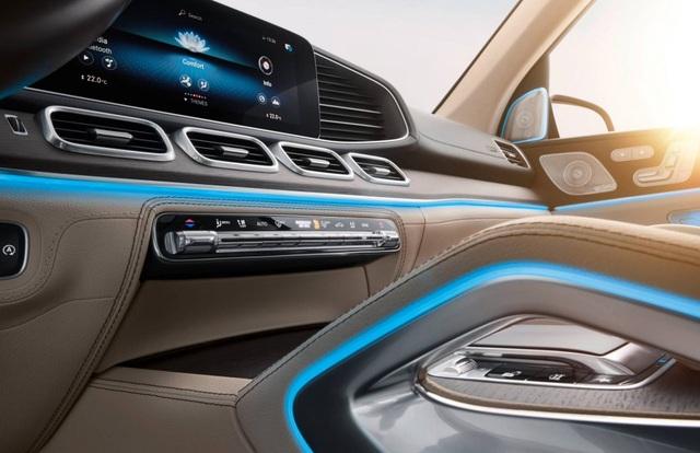 Điều hoà ẩm mốc tạo mùi tất thối trong xe, Mercedes bị kiện - 1