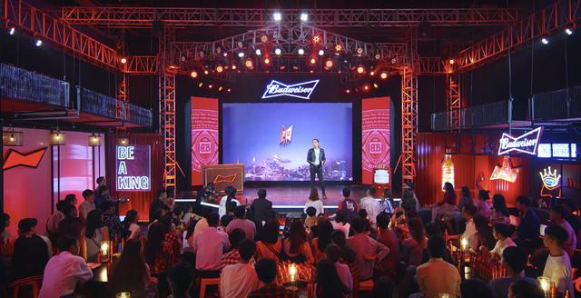 Budweiser cùng BB Trần tung show hài độc thoại, khuấy động không khí mùa Tết - 1