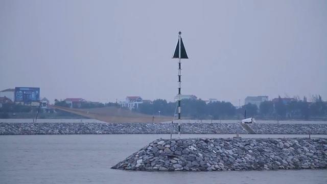 """Thiếu âu thuyền, gần 1.200 tàu cá """"chật vật"""" tìm nơi neo đậu - 3"""