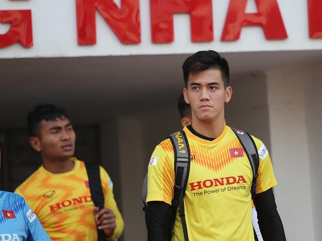 """Tiến Linh """"phản pháo"""" Chanathip: """"Cầu thủ Việt Nam thi đấu vì màu cờ sắc áo"""" - 1"""