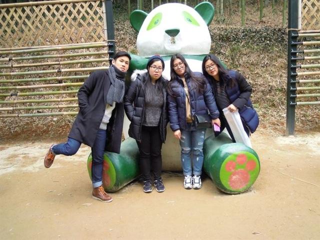 4 anh chị em cùng theo đuổi ước mơ dạy tiếng Hàn cho người nước ngoài - 1