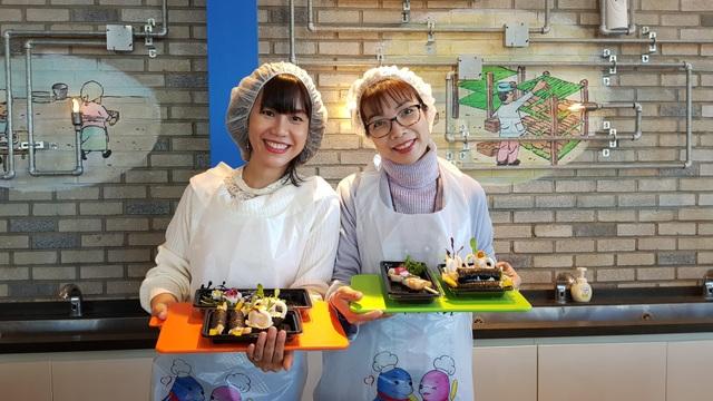 Đến Busan phải thử cà phê chả cá Goraesa, hàu sống Tongyeong - 7