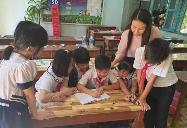 Cậu bé dân tộc Chăm đạt giải Nhì cuộc thi Toán trí tuệ Quốc tế - 4