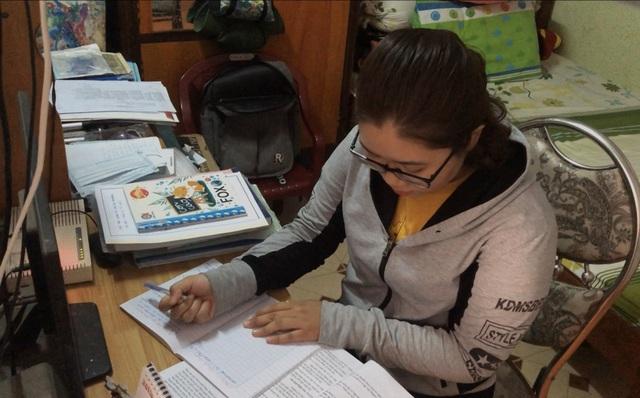 Nghị lực phi thường của cô học trò nghèo vào đại học cùng tấm ảnh Bác Hồ - 3