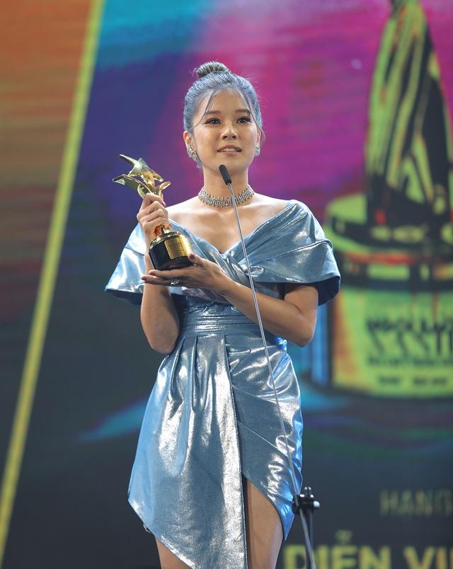 Nữ cascaduer Trần Thanh Hoa đạt giải Nữ diễn viên phụ xuất sắc nhất Ngôi Sao Xanh - 6