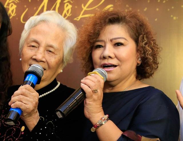Chuyện cảm động về bà giáo hơn 90 tuổi vẫn cần mẫn đào tạo ca sĩ, nghệ sĩ - 2