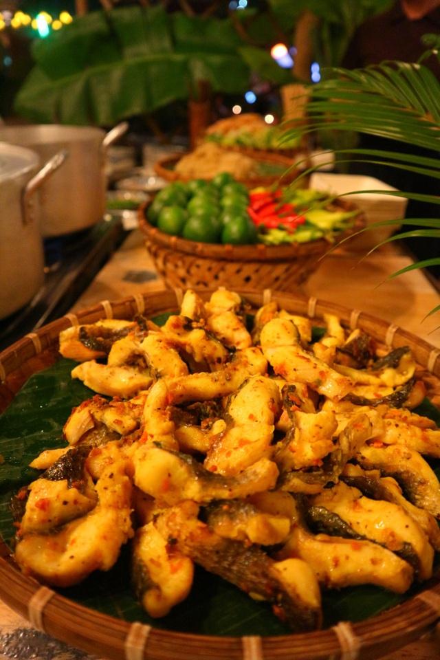 Lần đầu tiên tổ chức chợ ẩm thực di sản Hội An - 4