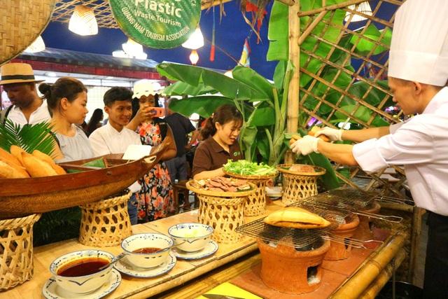 Lần đầu tiên tổ chức chợ ẩm thực di sản Hội An - 5