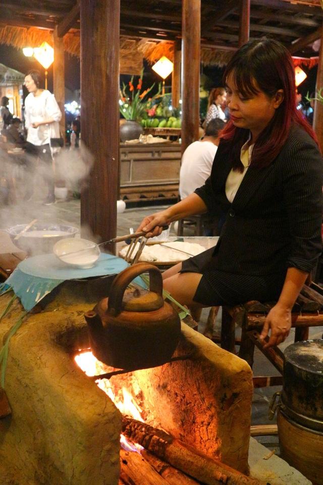 Lần đầu tiên tổ chức chợ ẩm thực di sản Hội An - 9