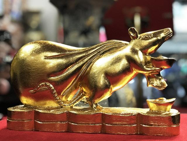 Chơi Tết sang, đại gia xuống tay 3 triệu rinh chuột vàng - 2