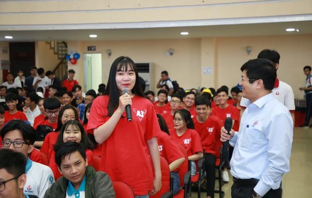 Hơn 7.000 học sinh tham dự ngày hội hướng nghiệp tại trường đại học - 1