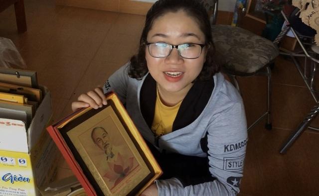 Nghị lực phi thường của cô học trò nghèo vào đại học cùng tấm ảnh Bác Hồ - 2