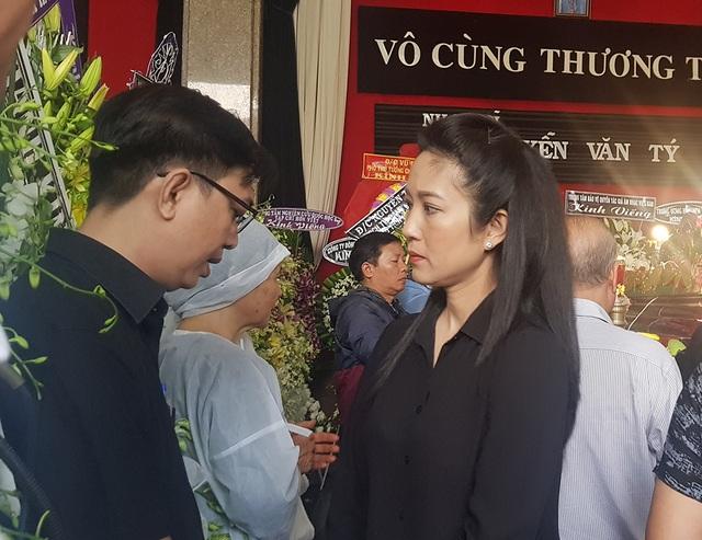 Tiễn biệt nhạc sĩ Nguyễn Văn Tý về nơi an nghỉ cuối cùng - 5