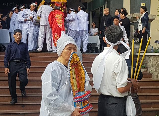 Tiễn biệt nhạc sĩ Nguyễn Văn Tý về nơi an nghỉ cuối cùng - 10