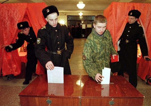 Những dấu ấn trong 20 năm ông Putin chèo lái nước Nga - 3