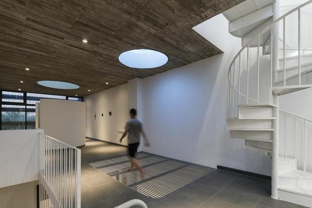 """Cận cảnh căn nhà ở TP HCM lọt """"top"""" những thiết kế ấn tượng thế giới 2019 - 10"""