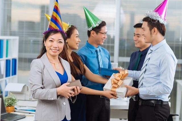 Tiết lộ món quà tặng cuối năm mà nhân viên mong đợi nhất - 1
