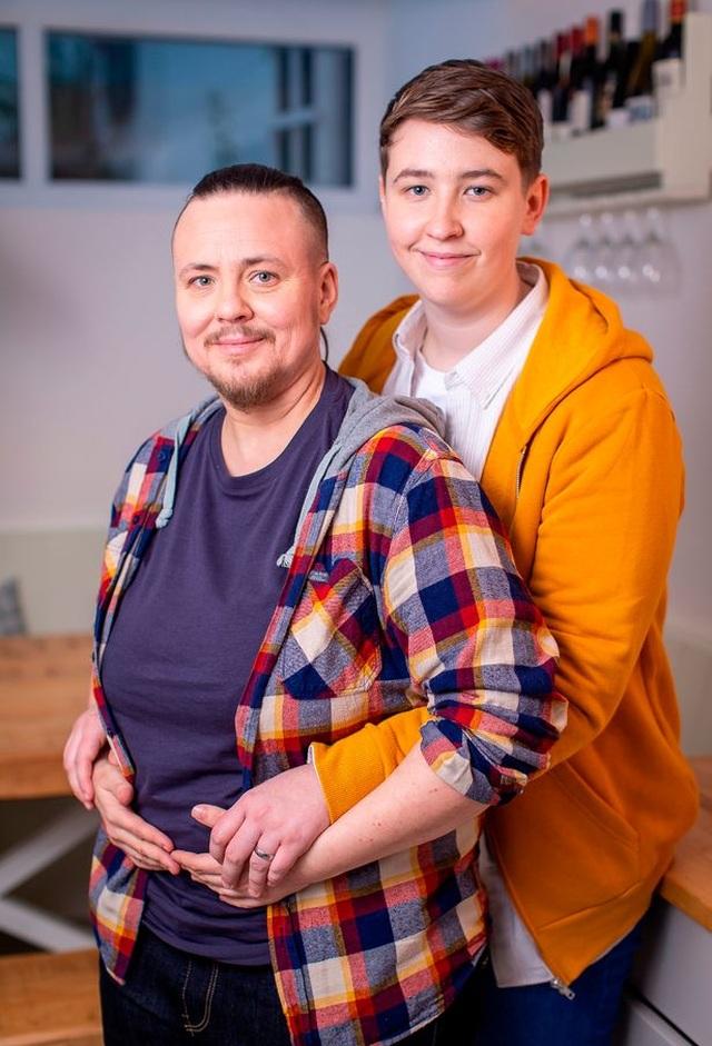 Người chuyển giới sinh con với người phi nhị giới từ tinh trùng của người chuyển giới từ nam sang nữ - 3