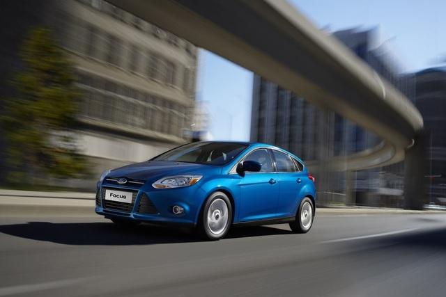 Các chủ xe Fiesta và Focus thi nhau tố tội Ford - 1