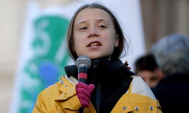Cha của chiến binh môi trường Greta Thunberg: Con bé vui nhưng tôi lo lắng - 1