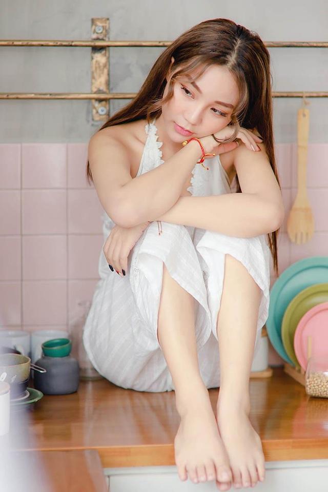 """Hot girl Hưng Yên: """"Cả năm đi làm, Tết về dọn nhà là vui nhất"""" - 2"""