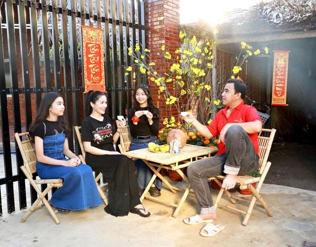 Quyền Linh đưa vợ con thăm nhà vườn hàng nghìn m2 của em trai Quyền Lộc - 5