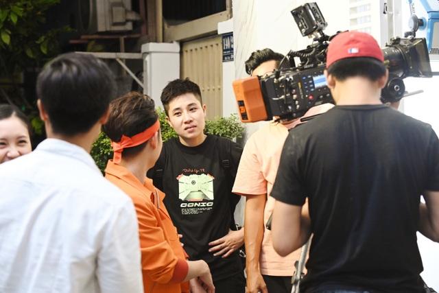 Những cái tên đứng sau thành công của MV Ai Chuyện Cũ Bán Hông? - 4