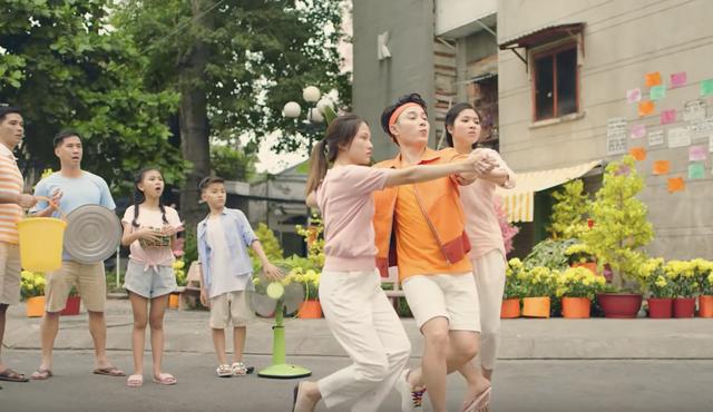 Những cái tên đứng sau thành công của MV Ai Chuyện Cũ Bán Hông? - 5