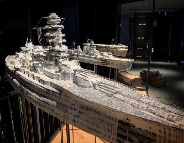 Ngắm cực phẩm tàu chiến đẹp đến từng chi tiết được làm từ giấy báo cũ - 2