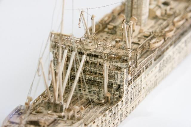 Ngắm cực phẩm tàu chiến đẹp đến từng chi tiết được làm từ giấy báo cũ - 3