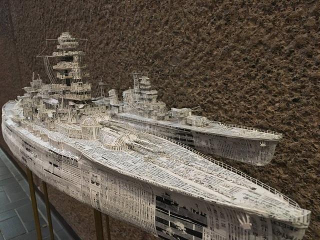 Ngắm cực phẩm tàu chiến đẹp đến từng chi tiết được làm từ giấy báo cũ - 4