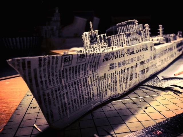 Ngắm cực phẩm tàu chiến đẹp đến từng chi tiết được làm từ giấy báo cũ - 5