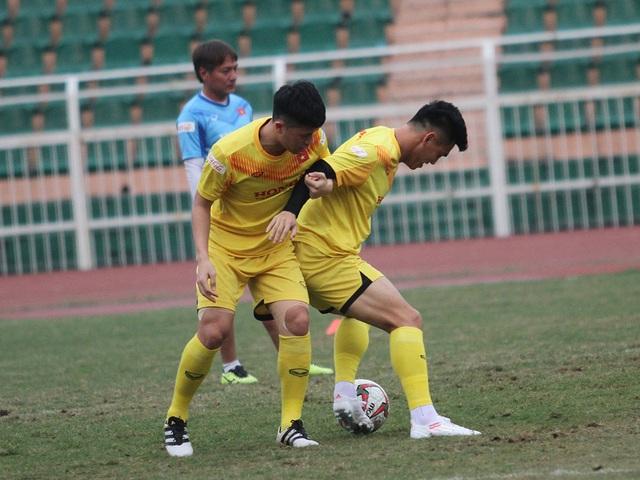 U23 Việt Nam luyện công chờ đấu thể lực với UAE, Jordan, Triều Tiên - 13