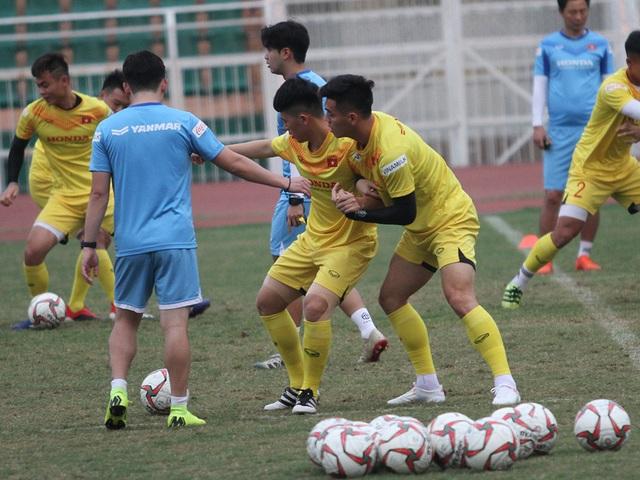 Đình Trọng hồi phục chấn thương, HLV Park Hang Seo yên tâm với hàng thủ - 2
