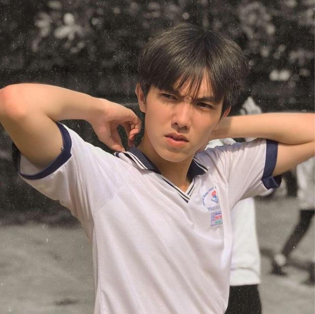 Hot boy Bạc Liêu hay bị nhận nhầm là con lai Việt - Trung - 5