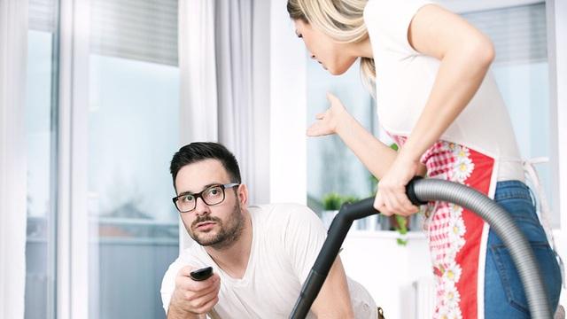 Khi đàn ông chia sẻ việc nhà, gia đình sẽ hạnh phúc hơn - 1